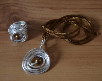 Spiral Silver and brown pearl aluminum set
