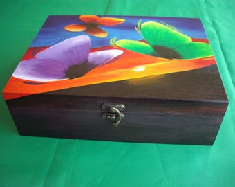 Hand painted wooden jewellery, hand painted jewellery, jewelry box, wooden box, custom drawing, butterflies at liberty