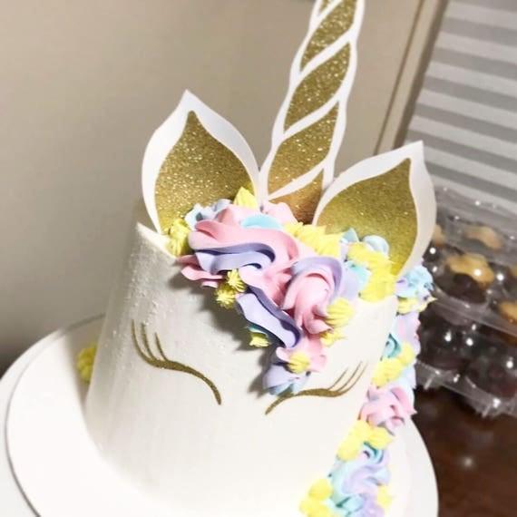 Cake Decorating Unicorn Horn : Unicorn horn cake topper Unicorn cake toppers