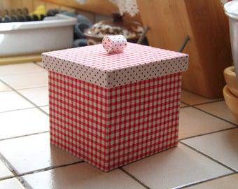 Box square pin tray or candy box