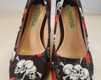 skull and roses fabric high heel shoes size 6