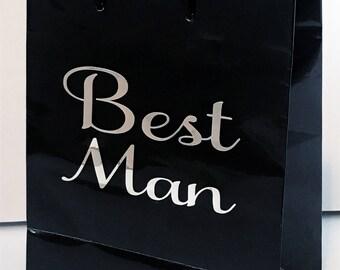 Wedding gift bag - groomsmen gift bag - best man gift bag - bridal party gift bag - gift idea - custom gift bag - gold - silver - white bag