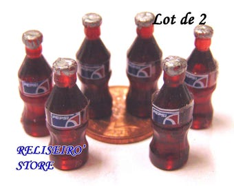Pack of 2 Plastic miniature pepsi soda bottles