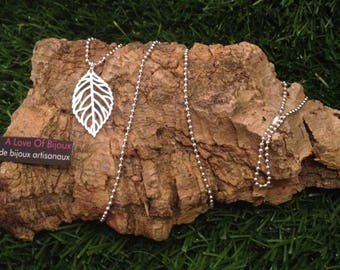 Leaf charm and bead necklace on ball chain silver