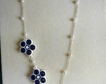Necklace with long asymmetric quilling Navy Blue and off white