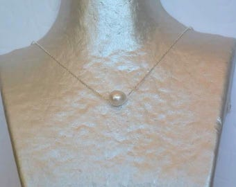 Necklace on silver chain White Pearl