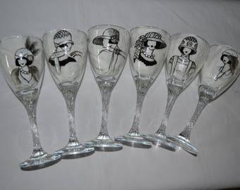 """6 verres à vin peints """"Femmes des années 20 en blanc, noir et argent"""" , peinture sur verre Opaleisis, sur Etsy"""