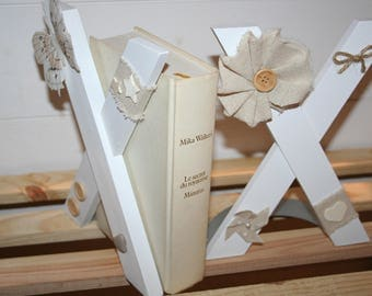greenhouse book wooden Butterfly white linen rope natural effect