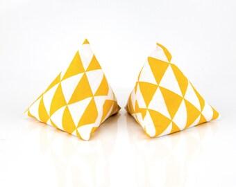Mini-bouillottes berlingots pockets - No. 23 yellow and white Triangles