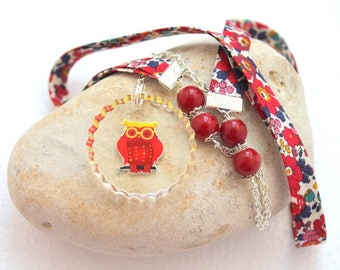 OWL necklace red beads and resin