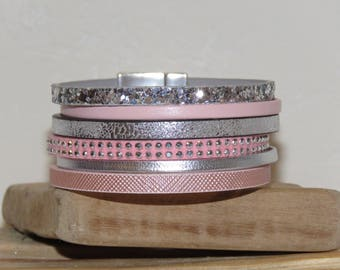 """Cuff Bracelet """"rose dragee, pink powder and silver"""" with magnetic clasp"""
