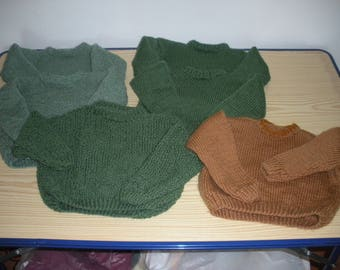 clothing kids Wool Sweater knitted in needles