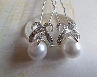 2 Pearl and rhinestone for occasion hair clips