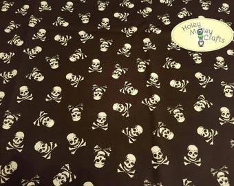 Skull'n'Crossbones Cotton Fabric