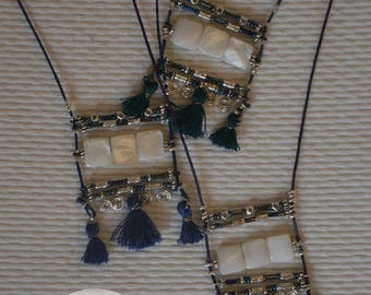 Long mother-of-pearl necklace with tassels