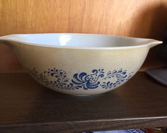Pyrex Mixing Bowl #444 4 Liter Tan & Blue Design