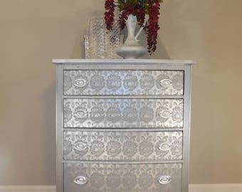 commode chiffonnier semainier r gence patin pompadour. Black Bedroom Furniture Sets. Home Design Ideas