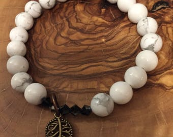 Diffuser Bracelet - Howlite, coppee leaf and Swarovski crystals