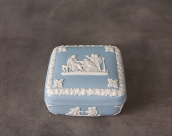 Wedgwood Jasperware Cream on Blue Trinket Box, Jewelery Box