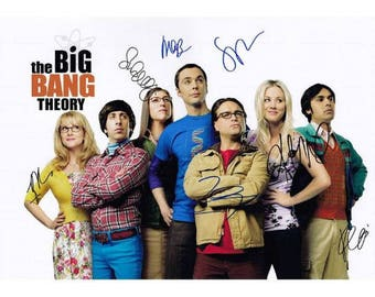 Script screenplay  The Big Bang Theory   Cast Signed Cover ( printed not hand signed) Plus free gift