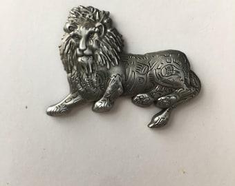 Antique Bold Silver Lion