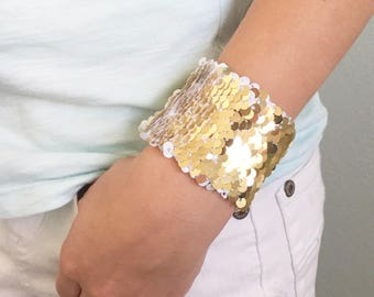 Reversible Sequin Mermaid Kids Braclet, Double Sided Sequins, Girl Accessory, Draw on Sequins, Fidget, Sensory tool, White and Gold