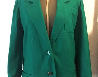 Emerald green Vintage jacket with mother of pearl buttons