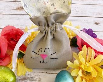 Easter bunny drawstring bag / goodie bag / heart ears