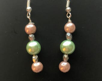 Pink and Green Beaded Drop Earrings, Pink Green Drop Earrings, Pink Green Beaded Earrings, Pink Green Earrings, Green Pink Earrings