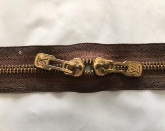 Authentic Louis Vuitton Keepall 50 Zipper.