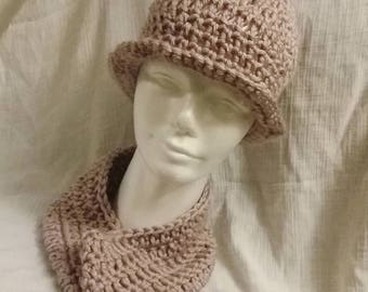 Girls Hat and Cowl Set