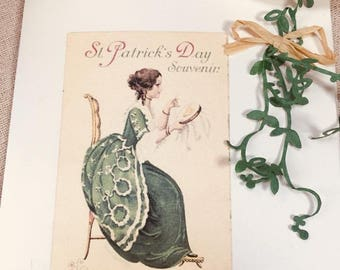 St. Patrick's day souvenir card. Seed paper.