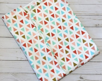 Fleece Blanket / Baby Blanket / Fleece Baby Blanket /Triangle Blanket / Geometric Nursery / Baby Shower Gift / Newborn Gift / Gift For Mom