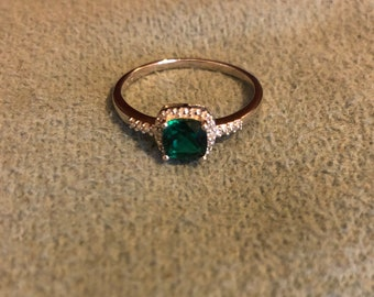 Sterling silver emerald diamond ring