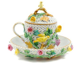 A Meissen Schneeballen Cup and Saucer Set