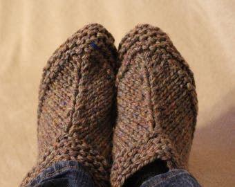 Chunky Knit Aunt Meta Slippers (Size 7-10)