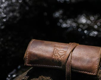 SIXKINGS Toffee leather Tobacco/Travel pouch