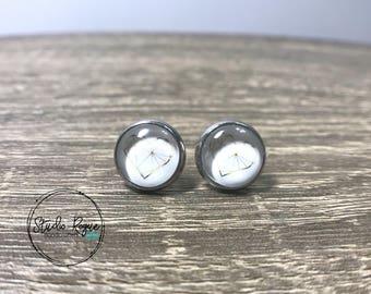 Gold Heart Stud Earrings / HYPOALLERGENIC Stainless Steel Earrings / Stud Earrings / 10mm Earrings / Bridesmaids / Jewelry / Post Studs