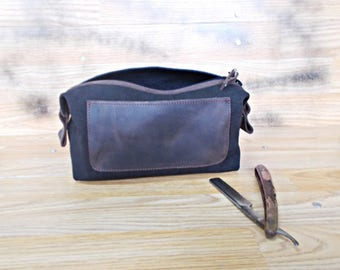 Personalized, Mens gift, Toiletry bag, Waxed canvas Dopp kit, Shaving bag, Makeup set, Groomsmen, Wedding gift, Black, Cosmetic pouch,Rustic