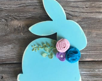 distressed blue bunny with felt flowers