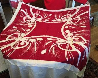Table cloth with tulips and fronds