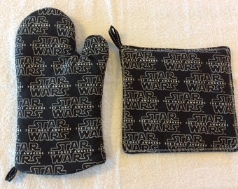 Star Wars The Force Awakens Oven Mitt and Hot Pad