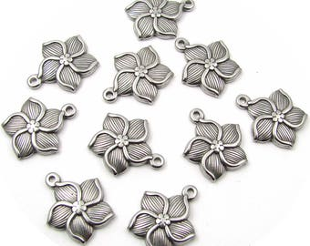 2 stainless steel flower charms 17mm
