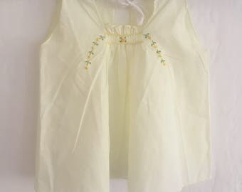 Falling Daffodils apron dress.