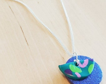 Glitter pattern pendant