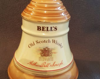 1980's Vintage Bell's whiskey decanter by Wade - empty