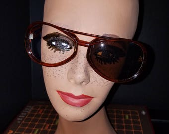 Groovy Mens Sunglasses Shades Frame