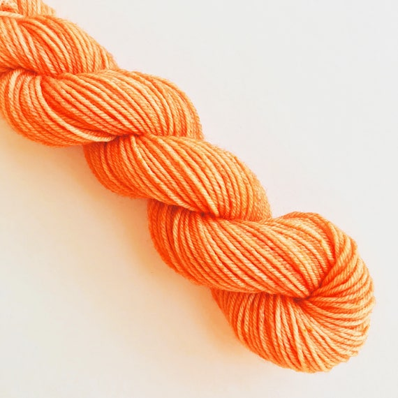 PAPAYA hand dyed yarn mini skein