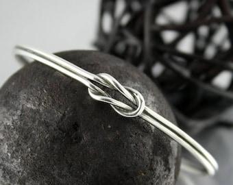 ON SALE TODAY Sterling Silver Sailor Knot Bangle, Lovers Knot Bracelet, Stacking Bracelet