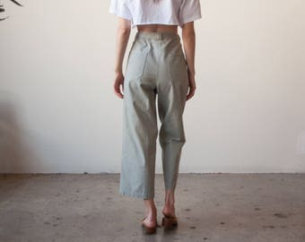 light army green cropped trousers / cropped cotton pants / US 8 / 2695t / B10